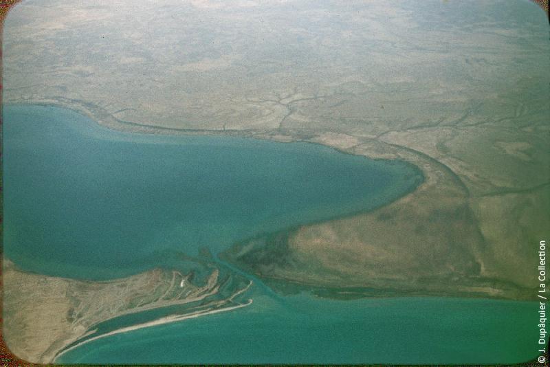 Photographie (résolution écran) : Fonds photographique Jacques Dupâquier — Voyage en URSS en 1956 — Ouzbekistan : «Voyage en  vers Tachkent-Rivages de la mer d'Aral»