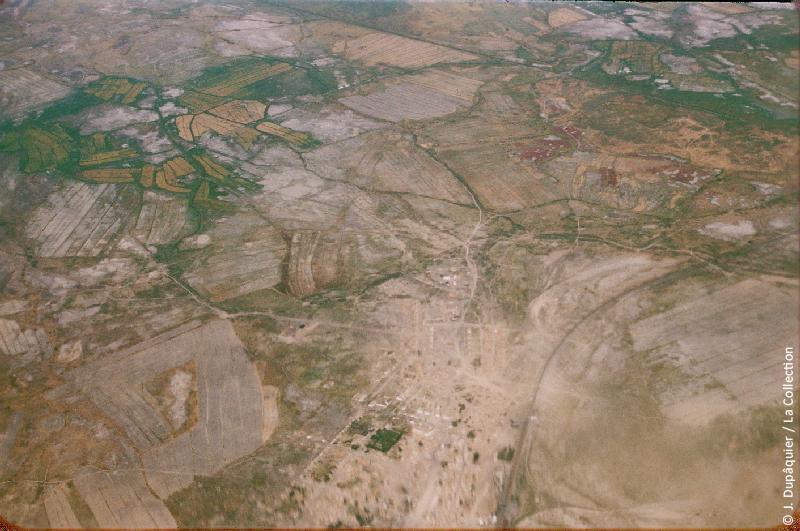 Photographie (résolution écran) : Fonds photographique Jacques Dupâquier — Voyage en URSS en 1956 — Ouzbekistan : «Voyage en  vers Tachkent-Zones irriguées dans le delta du fleuve Syr Daria»