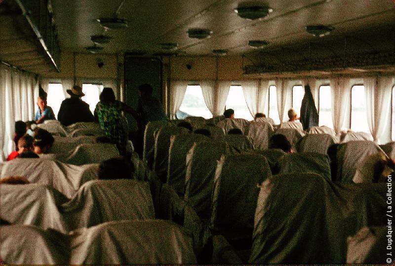 Photographie (résolution écran) : Fonds photographique Jacques Dupâquier — Voyage en URSS en 1964 — De Moscou au Caucase : «Sur le Don en hydroglisseur-Le Météor»